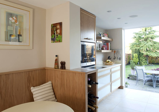 Click the thumbnails below to view gallery of this Absolutely Fabulous Kitchen