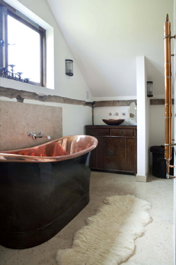 Click the thumbnails below to view gallery of this Barn Conversion Bathroom