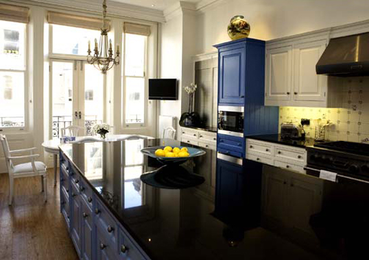 Click the thumbnails below to view gallery of this Traditional Kitchen